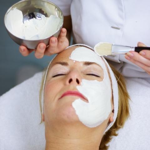 Salon Be by Kay - Gezichtsbehandeling