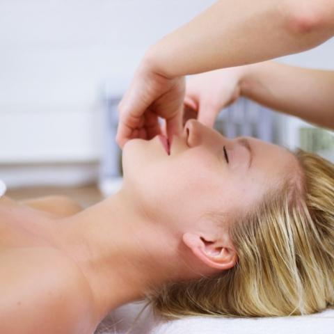 Salon Be by Kay - Pincement Massage
